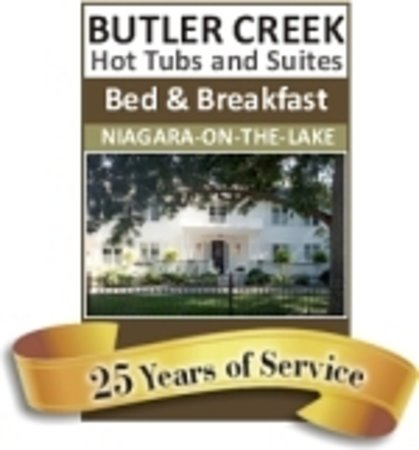 Butler Creek Hot Tubs and Suites Bed and Breakfast: BUTLER CREEK HOT TUBS AND SUITES B&B   25 YEARS