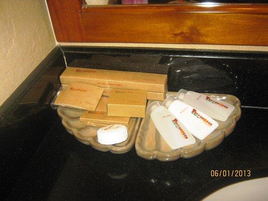 Terracotta Resort:                   Выдавали каждый день.