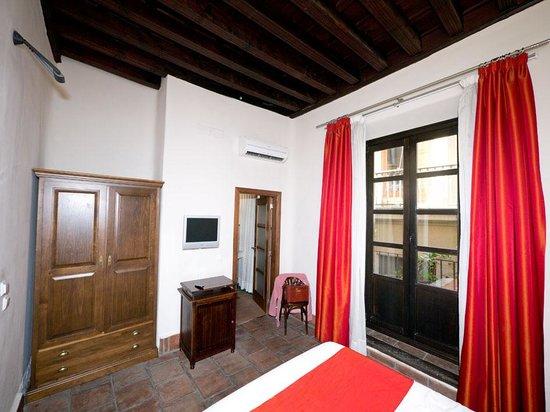 Hotel Casa del Pilar:                                     Our room 1
