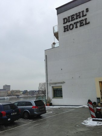 Diehls Hotel: Next to the Rhine