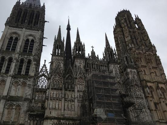 Cathedrale Notre-Dame de Rouen: outside view