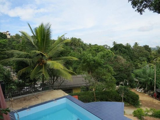 Blue Haven Guest House: Ausblick vom Blue Havern Guesthouse (Pool)