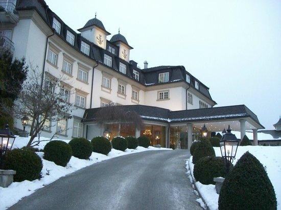 Schloss Seefels Hotel:                   Ingresso
