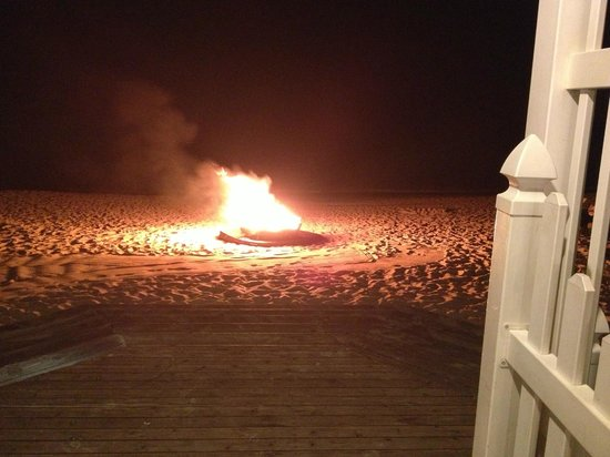 Seven Stars Resort & Spa :                   Bonfire on the beach, Wednesdays & Sundays