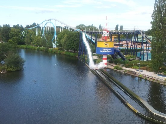 Drayton Manor park: storm force 10