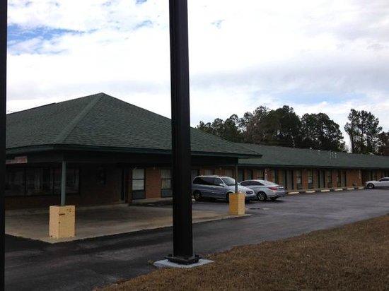 Gateway Inn:                                     Lake city, FL