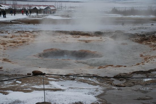 Eskimos - Day Tours:                   Geyser