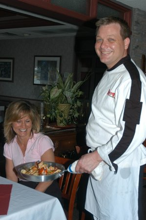 Leone's Restaurant: Joe with customer