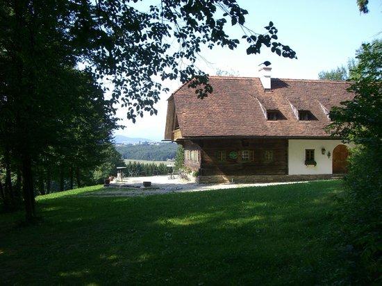 Hotel Schloss Obermayerhofen:                   Dependance nel bosco