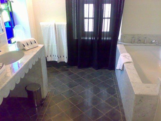 Riad Lotus Privilege:                   salle de bain