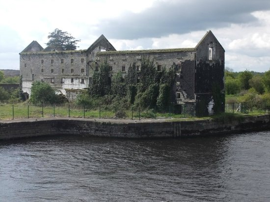 Brosna Lodge Hotel:                   Old Mill