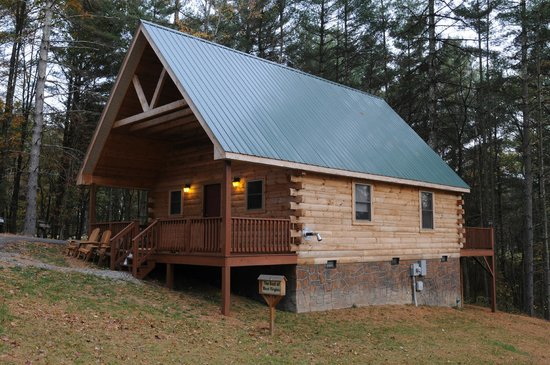 Cabins at Pine Haven: The Tamarack-2 Bedroom