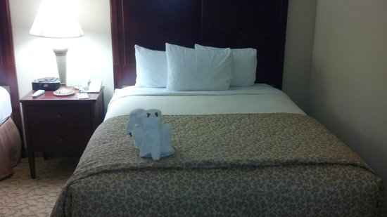 Plaza Resort & Spa:                                     Bed