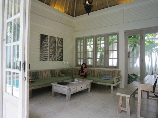 Artemis Villa and Hotel :                   Living room