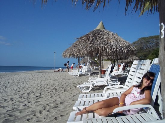 Royal Decameron Beach Resort, Golf & Casino:                   playa