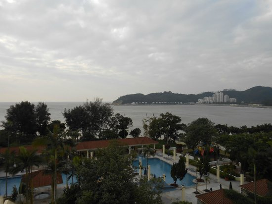 Grand Coloane Resort Macau:                   バルコニーから                 