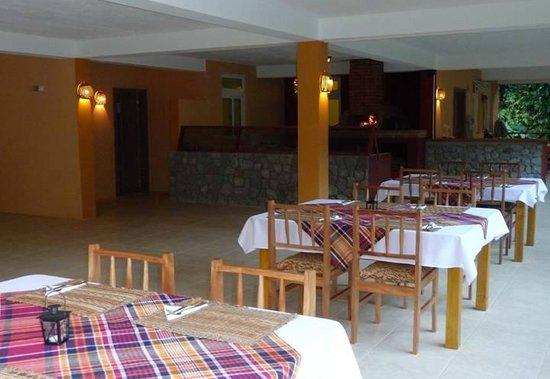 Sunshine Cottage: Sunshine restaurant