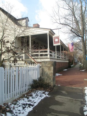 Old Town: Living history, Tavern