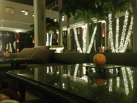Lounge With An Orange The Setai Hotel Miami Beach Florida