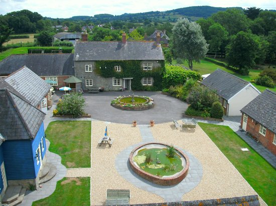 The Coppleridge Inn: The courtyard and main building