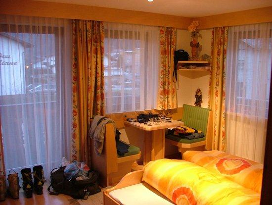 Haus Heidehof:                   Raphael AP