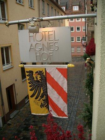 Hotel Agneshof:                   Foto aus dem Zimmerfenster