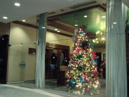 Hotel Santa Anita:                   入り口