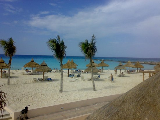 beach sports area picture of club med cancun yucatan cancun tripadvisor. Black Bedroom Furniture Sets. Home Design Ideas