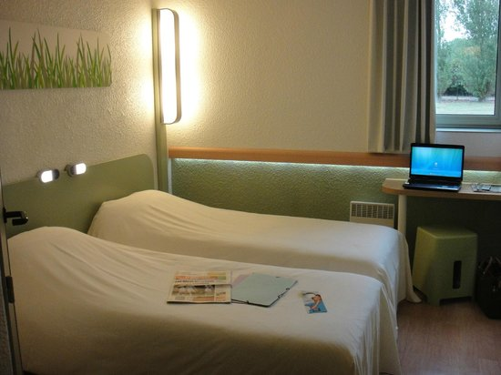Ibis Budget Chatellerault: chambre twin