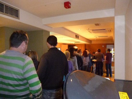 Premier Inn London County Hall Hotel:                   Queue from the other end