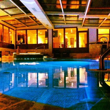 Nostos Hotel:                   a warmwater indoor pool