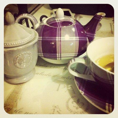 La Petite Fadette :                   Tea Time