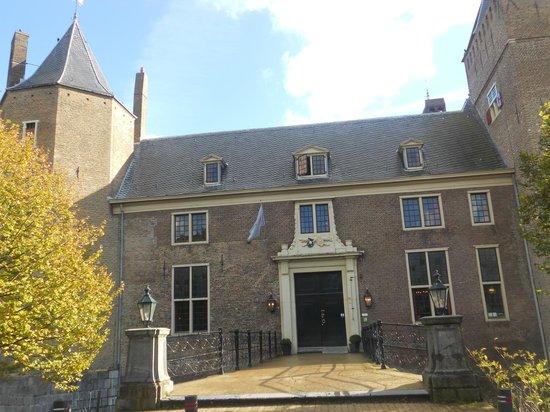 Stayokay Heemskerk:                                     Entrance of hostel