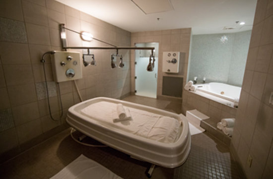 Rivers Edge Spa >> Vichy Shower Picture Of The Spa At River S Edge Portland
