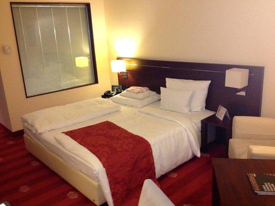 Штарнберг, Германия:                   Hotelzimmer: Modern, zweckmäßig, sauber