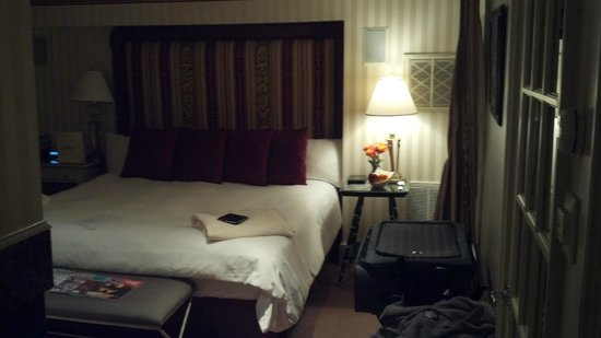 White Barn Inn:                   Room#8-Bed