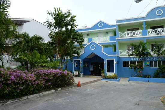 Dover Beach Hotel: Front of the Hotel