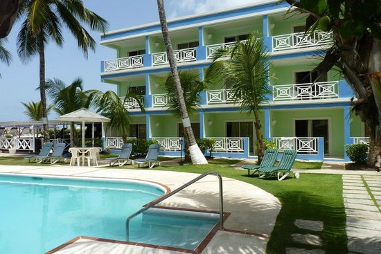 Dover Beach Hotel: Rooms overlooking the Pool and Beach
