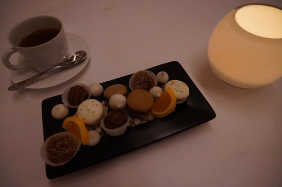Al Najada - Souq Waqif Boutique Hotels:                   7 star fine dining