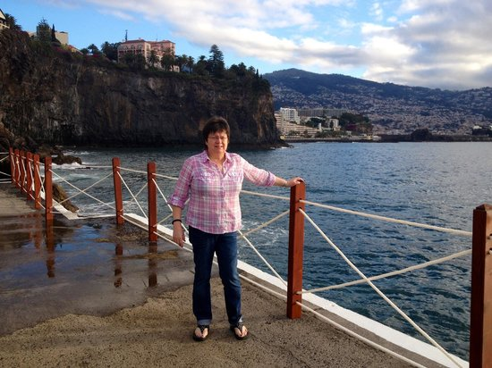 The Cliff Bay (Porto Bay):                   January after Breakfast