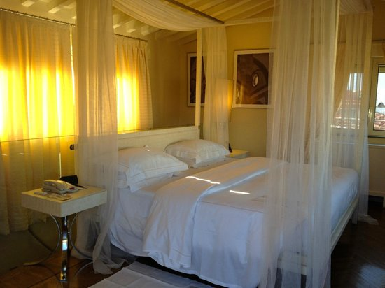 "Hotel Brunelleschi:                   ""Pool Suite"" Bedroom"