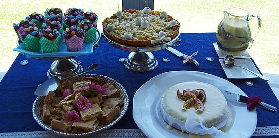 N/A'an KU SE Lodge :                   Desserts