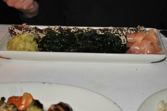 Grill on the Alley : Ahi Tuna Tartare (2/2011)