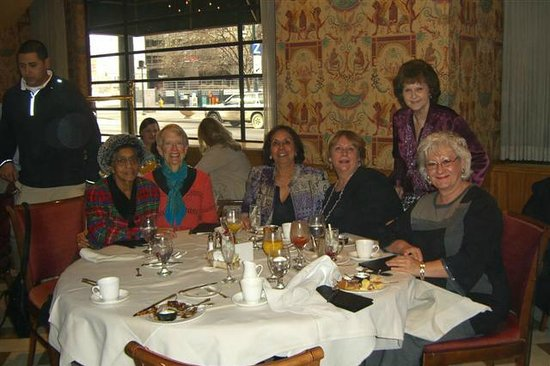 Ellyngton S A Fun Treat For Virginia Birthday She Is Third From Left