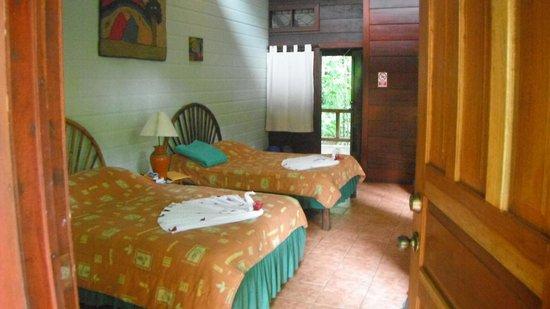 Pachira Lodge:                   camera