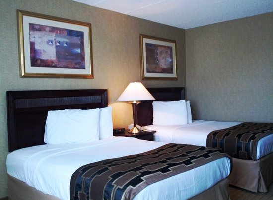 America's Best Inns & Suites: Double Beds