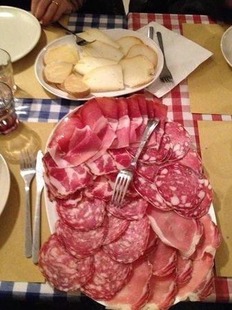 Da Nello il Vinaio - Osteria Senese : Tagliere di affettati con formaggi