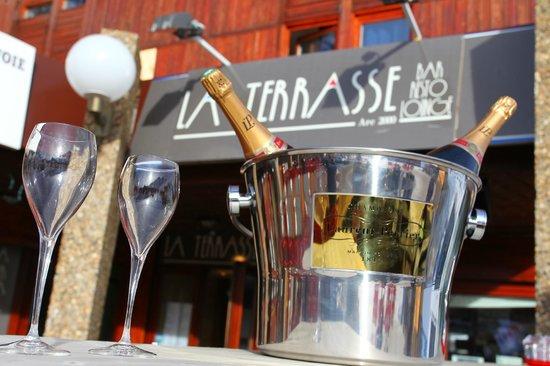 La Terrasse : Le bar exterieur