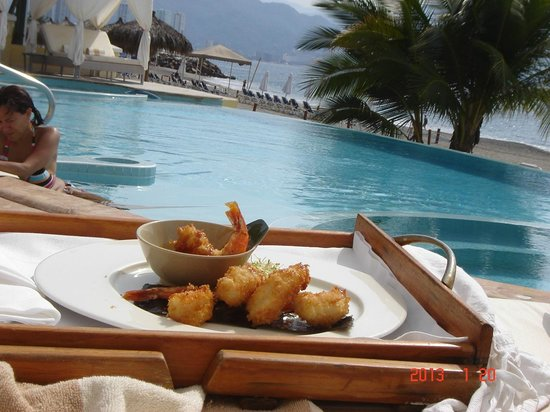 Casa Velas:                                     Oh the jumbo shrimp tempura are to die for!!