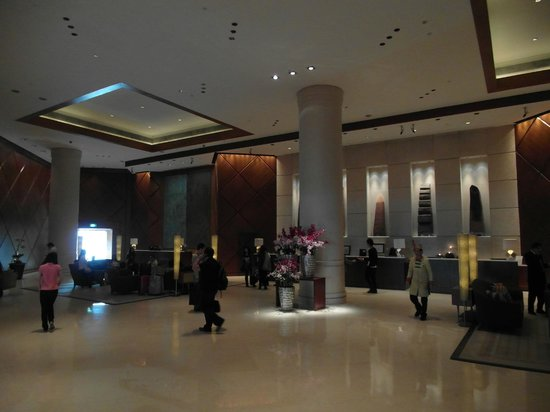 Fairmont Singapore: Reception Area